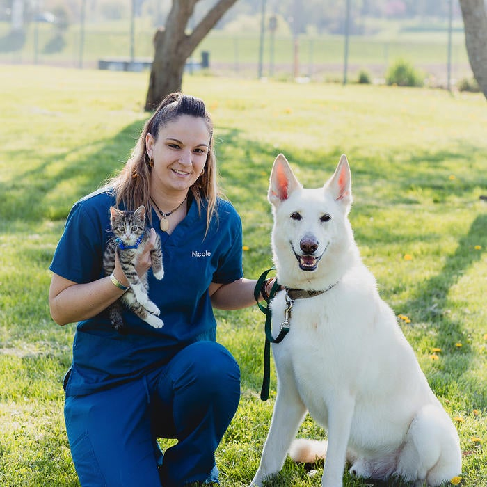 Nicole Beaudoin </br> Customer Care Representative/ Veterinary Assistant photo